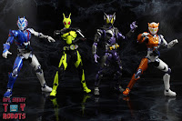 S.H. Figuarts Kamen Rider Valkyrie Rushing Cheetah 31S.H. Figuarts Kamen Rider Valkyrie Rushing Cheetah 44