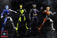 S.H. Figuarts Kamen Rider Valkyrie Rushing Cheetah 31S.H. Figuarts Kamen Rider Valkyrie Rushing Cheetah 44