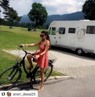 Tampil Dengan Pakaian Minim, Tina Dutta Uttaran Nampak Hot Saat Bersepeda di Jerman !