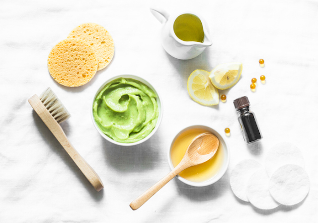 Avocado and vitamin E face mask