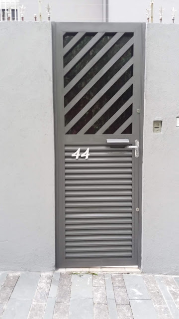 Pintura de porta de entrada com esmalte a base de solvente SP