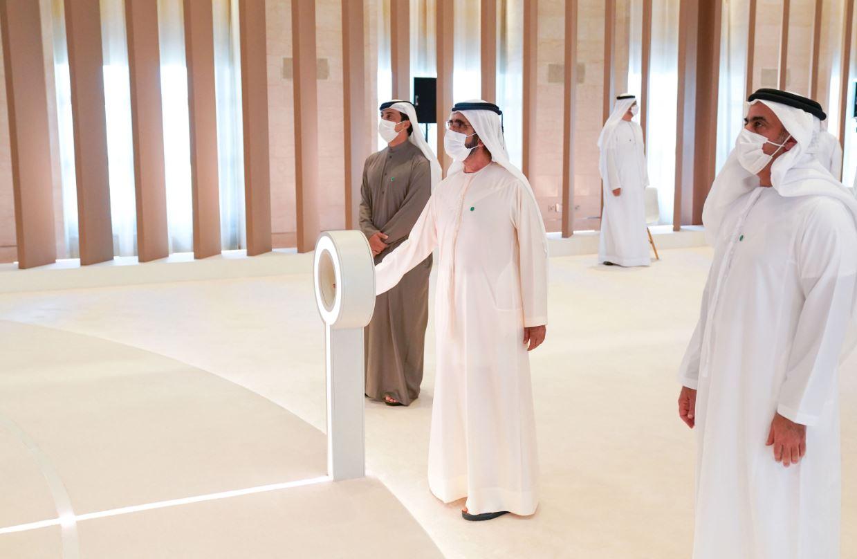 """الإمارات..محمد بن راشد يطلق """"Operation 300bn """" لتحفيز القطاع الصناعي"""