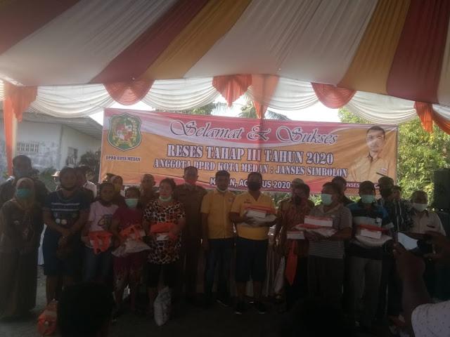 Anggota DPRD Kota Medan Janses Simbolon Mendengar Keluhan Masyarakat