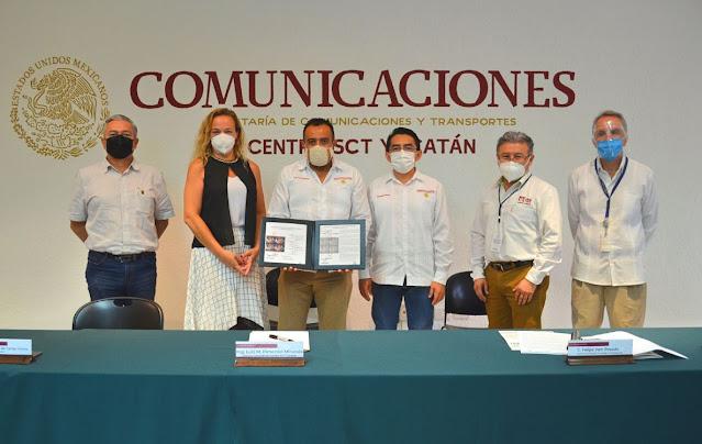 Por 130 aniversario de la SCT cancelan timbres postales en la SCT Yucatán