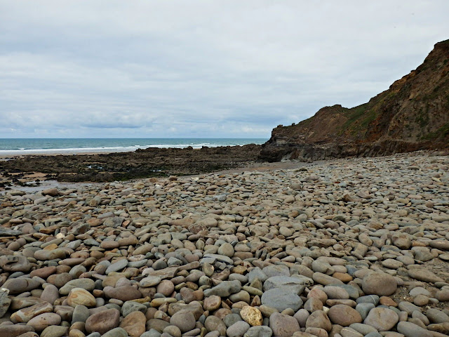 Large pebbles at Northcott Mouth, near Bude, Cornwall