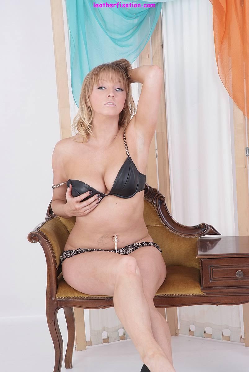 Blonde Black Bra 115