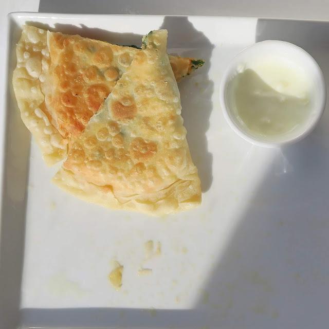 Kleiner Nachschlag, Teigtaschen mit Joghurtsauce | pastasciutta.de