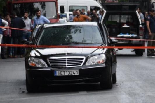 Λουκάς Παπαδήμος: Ο διεθνής Τύπος για την επίθεση σε βάρος του πρώην πρωθυπουργού!