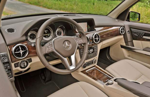 2017 Mercedes GLK Specifications