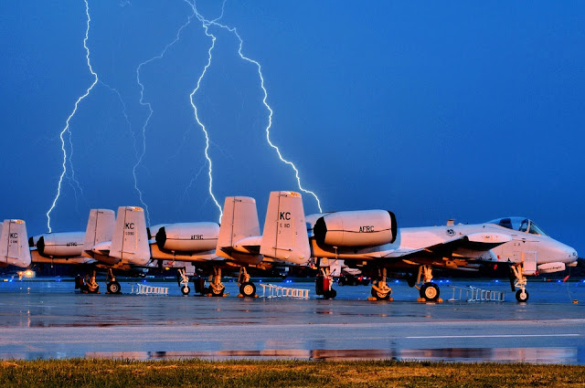 Aircraft lightning strike