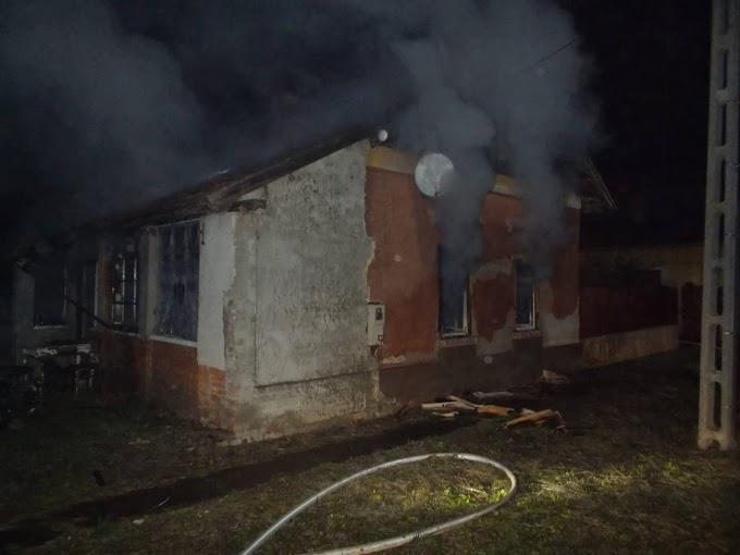 Holtan találták egy kiégett ház lakóját Kerecsenyben