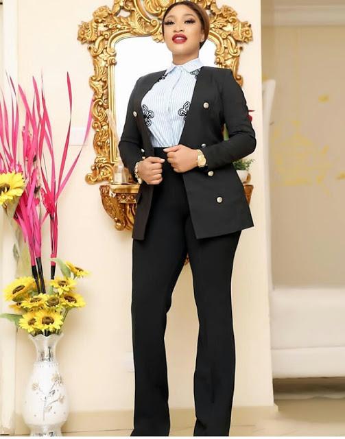 Check Out Tonto Dikeh as She Stuns in Beautiful Corporate Dress
