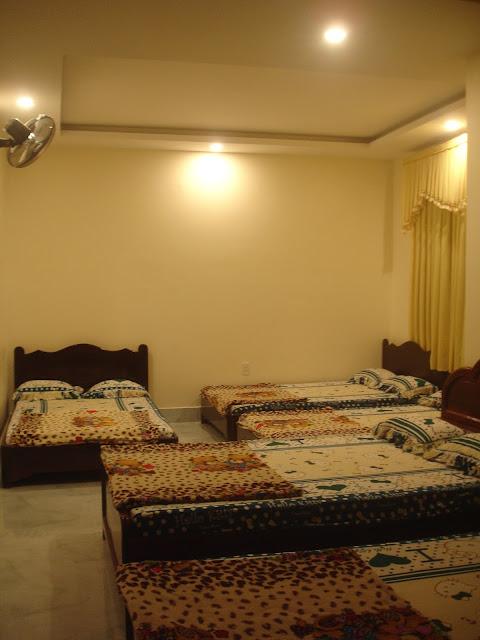 Khách sạn Vũng Tàu gần biển Bãi Sau Thùy Vân giá rẻ hơn homestay - 1