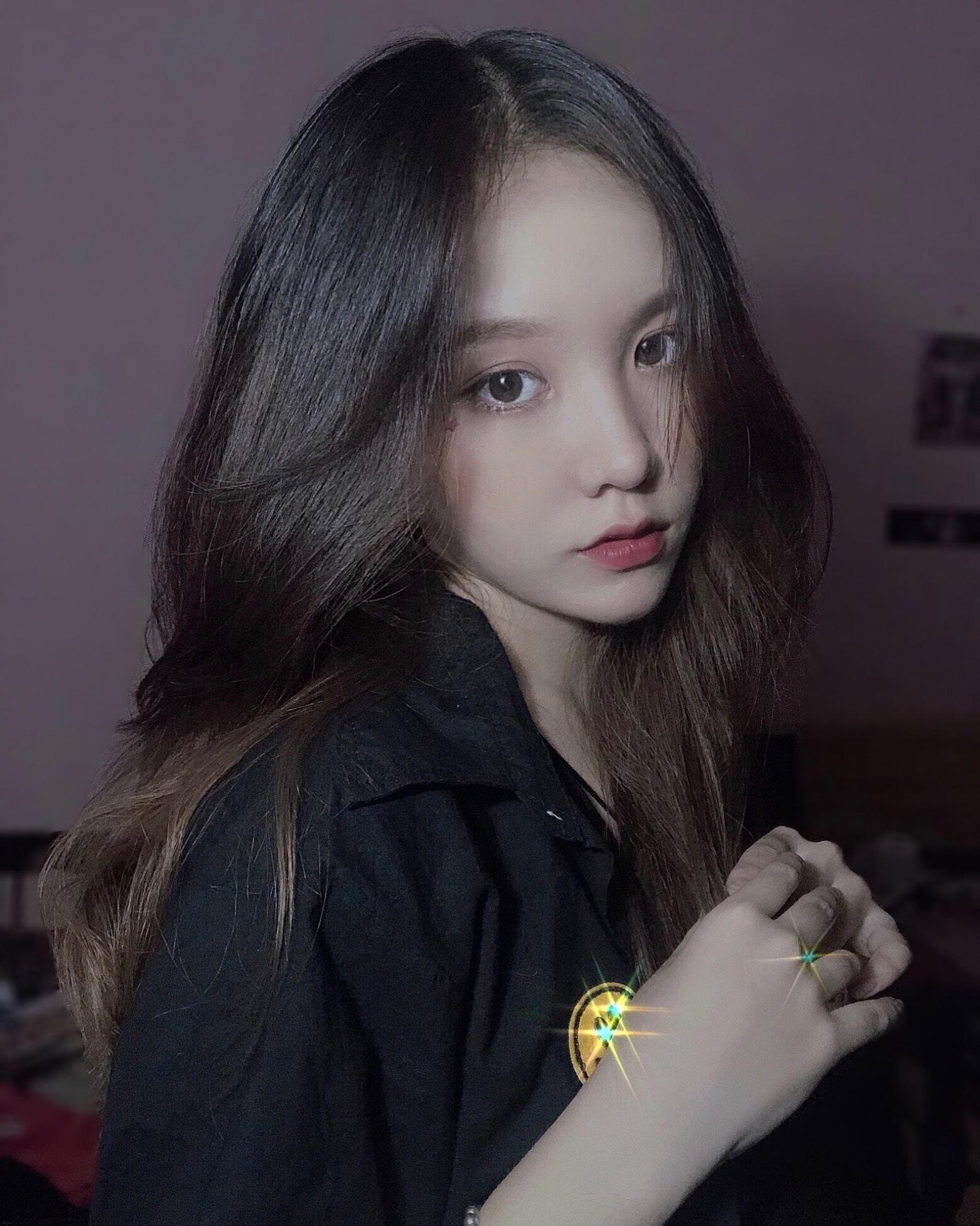 Nữ sinh 10x Biên Hòa đốn tim netizen bởi nhan sắc đẹp 'tựa thiên thần'