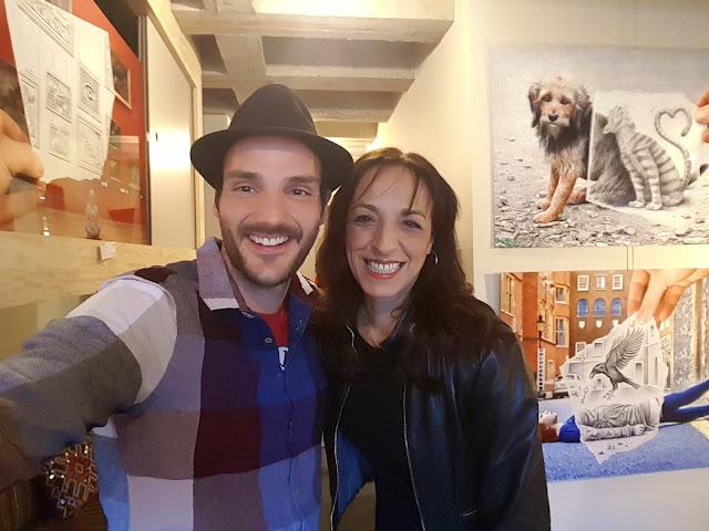 Fadila Laanan avec l'artiste Ben Heine - Exposition de l'artiste Ben Heine à Pop Up The Jam - Jam Hotel 2017 -6