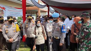 Lakukan Kunker Ke Kabupaten Batanghari Provinsi Jambi , Menteri Sosial RI Tri Rismaharini : Orang Rimba Sangat Berhak Mendapatkan Pelayanan Negara