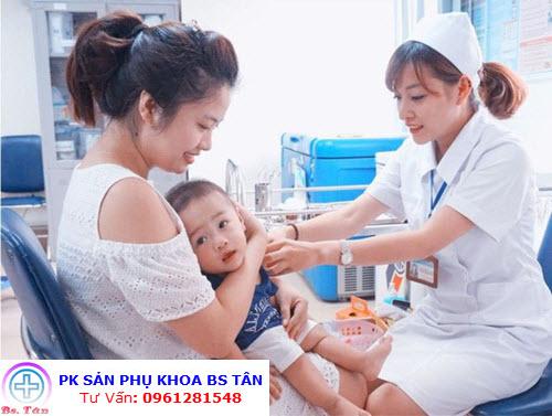 lịch tiêm chủng cho bé 2020