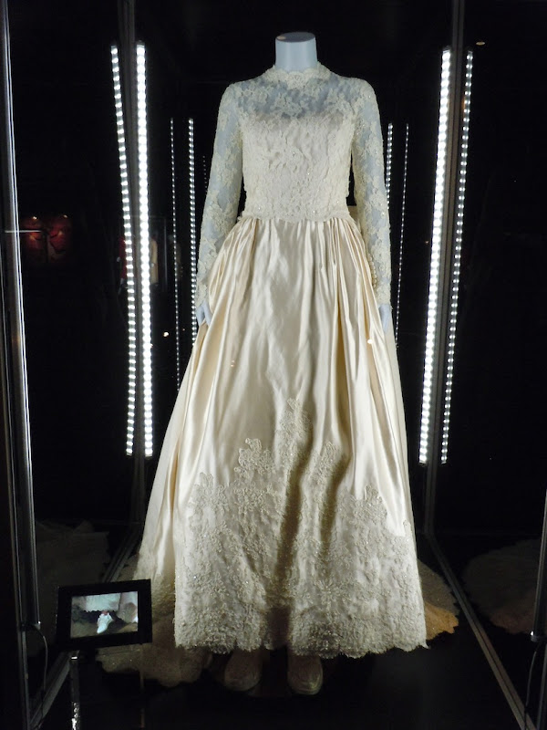 Kimberly Williams Father of Bride Annie Banks wedding dress