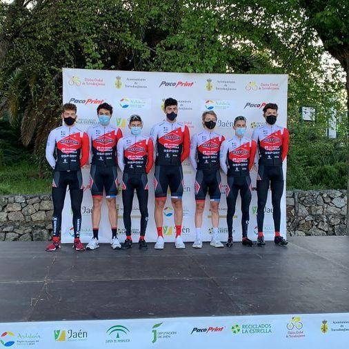Tenerife BikePoint Pizzería Española se dejó ver en Torredonjimeno y Guadalentín