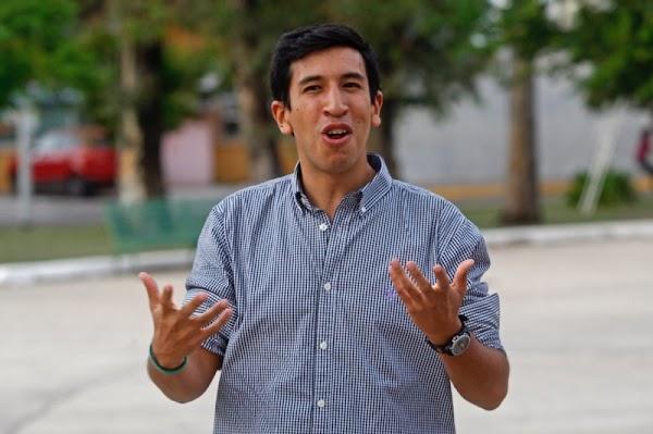 Pedro Kumamoto quiere ser senador pero el INE se lo pone muy dificil, debe juntar 100 mil firmas
