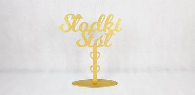 napis słodki stół wypożyczalnia dekoracji rzeszów ślubnażyczenie