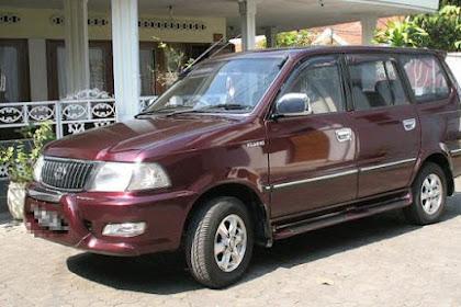 Deretan Mobil Bekas Tahun 90 an yang Masih Laris di Pasaran