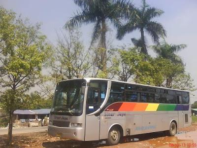 Foto Bus Sinar Jaya Jadul Ekonomi