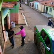 Empresário é assaltado na porta do seu estabelecimento em Pedreiras em plena luz do dia.