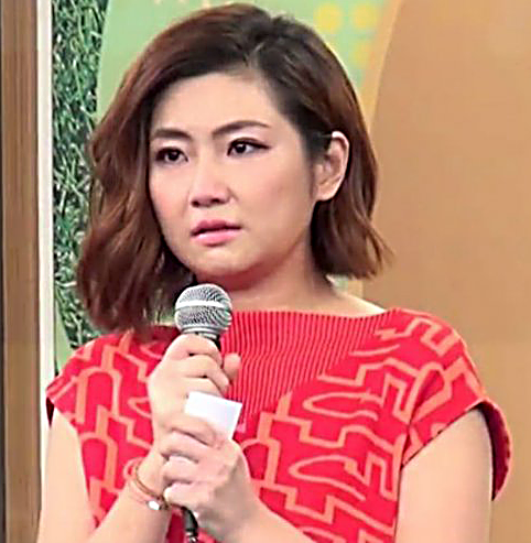 Tearful Selina Jen asks media to give husband space in first public appearance since divorce