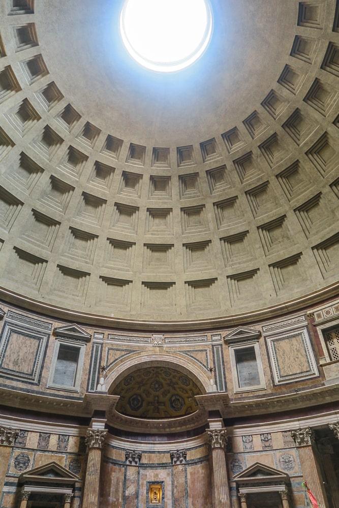 Pantheon Inside