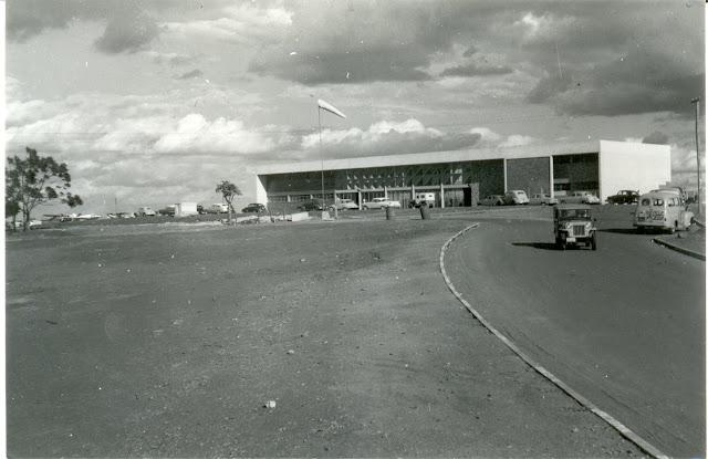 Resultado de imagem para aeroporto de londrina antigamente