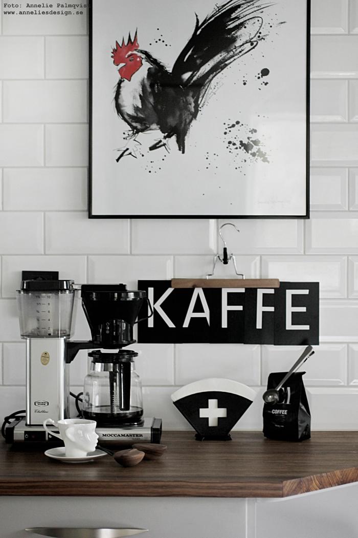 annelies design, webbutik, webshop, nätbutik, nettbutikk, inredning, ansikte mugg, tupp, tavla, tavlor, konstryck, poster, posters, prints, filterhållare, filterpåsar, hållare, muggar, kaffeböna, kaffebönor, kök, diskbänk, bänkskiva, nicolas vahe, kaffe, vykort med bokstäver, svartvita kort, svart och vitt, svartvit