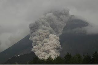 jalur pendakian gunung Merapi