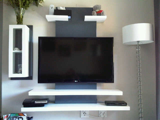 Wall Mounted T V Unit