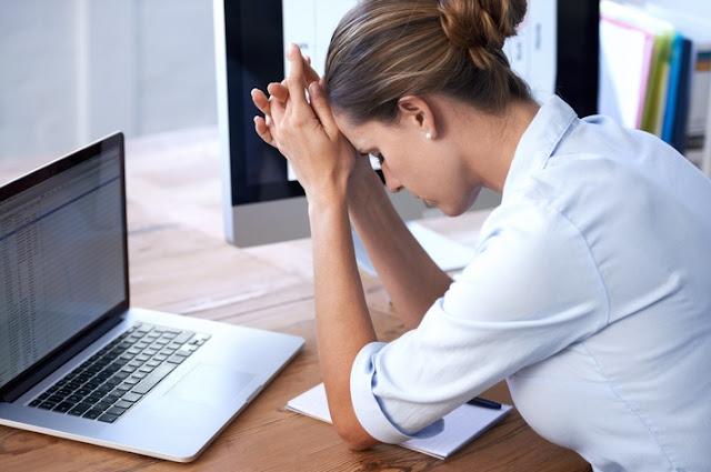 L'insicurezza lavorativa influisce negativamente sulla tua personalità, secondo lo studio