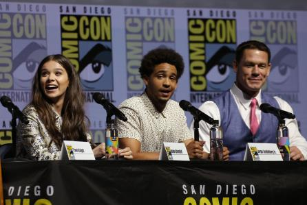 Transformers Live Action Movie Blog Tflamb Bumblebee Cast At Sdcc