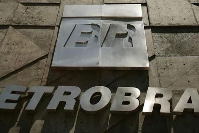 REDUÇÃO: Petrobras reduz em 3,34% preço médio da gasolina nas refinarias.