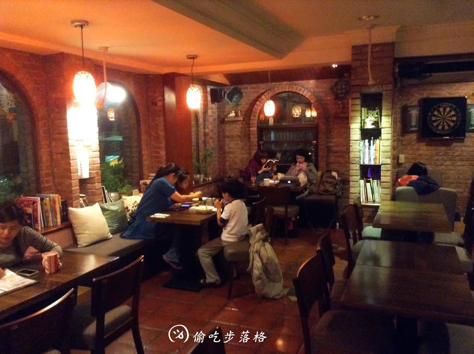 [咖啡][新店七張站]精靈咖啡館-小南非餐廳 - 臺北來福魚