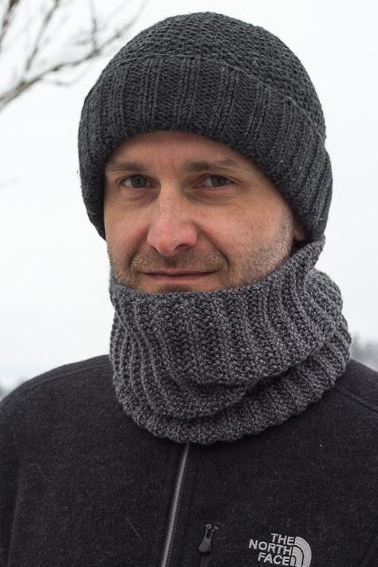 Kostenlose Anleitung für einen Schlaubschal im Falschen Patent / Knitting Pattern Mistake Rib Cowl by Purl Soho