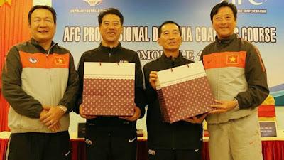 Hé lộ hợp đồng của VFF với tân GĐKT người Nhật Bản