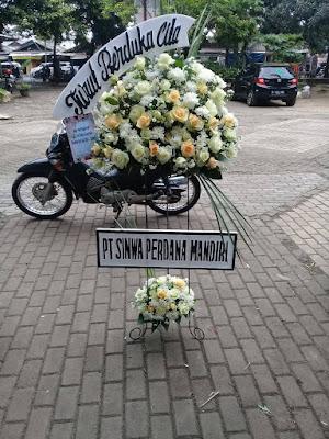 Contoh bunga standing meninggal