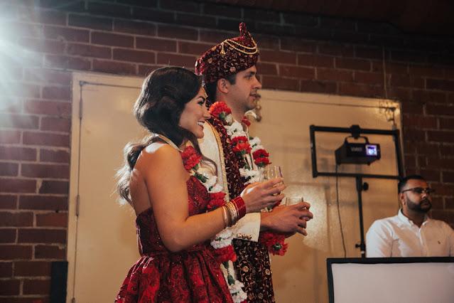 bride and groom indian garland exchange