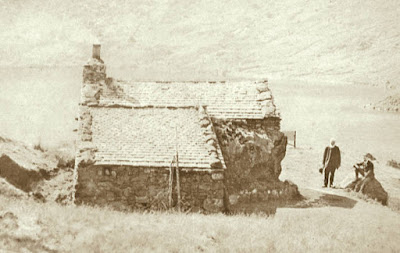 A late Victorian photograph of the Easedal Tarn tea hut, as featured in Walks Around Grasmere, a Jonathan Craig Guide