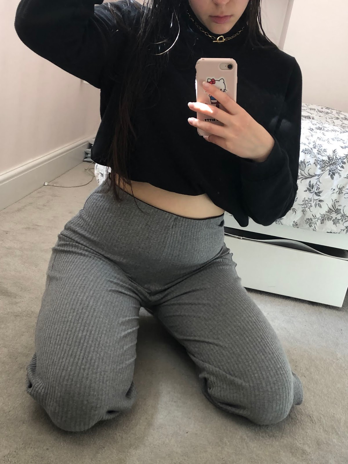 outfit, style, fashion, blogger, lockdown, OOTD, mirror selfie