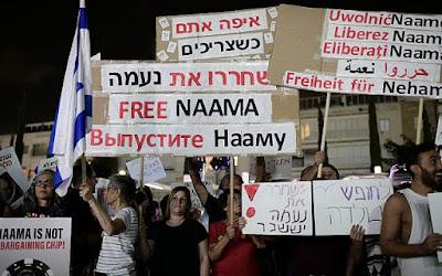 Comícios realizados em Tel Aviv, Nova York, pela libertação de israelense presa na Rússia
