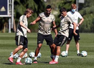 El equipo de Zidane volvio a trabajar en grupos este jueves en la Ciudad Real Madrid