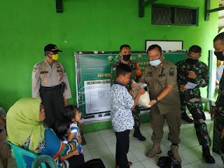 70 Anak Yatim Warga kecamatan Cisolok & Cikakak Dapat Santunan Dari Koramil 2201 Cisolok