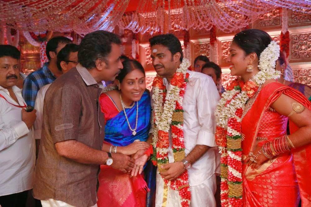 Valensiya Youku: Vijay Tv Anchor Dd To Enter Wedlock This June