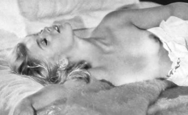 Big tits vs boy kissing movies gay austin amp 7