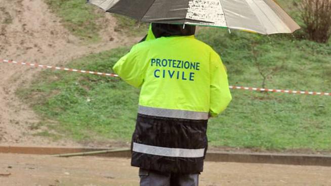Il Panaro rompe gli argini, evacuazioni nel Modenese